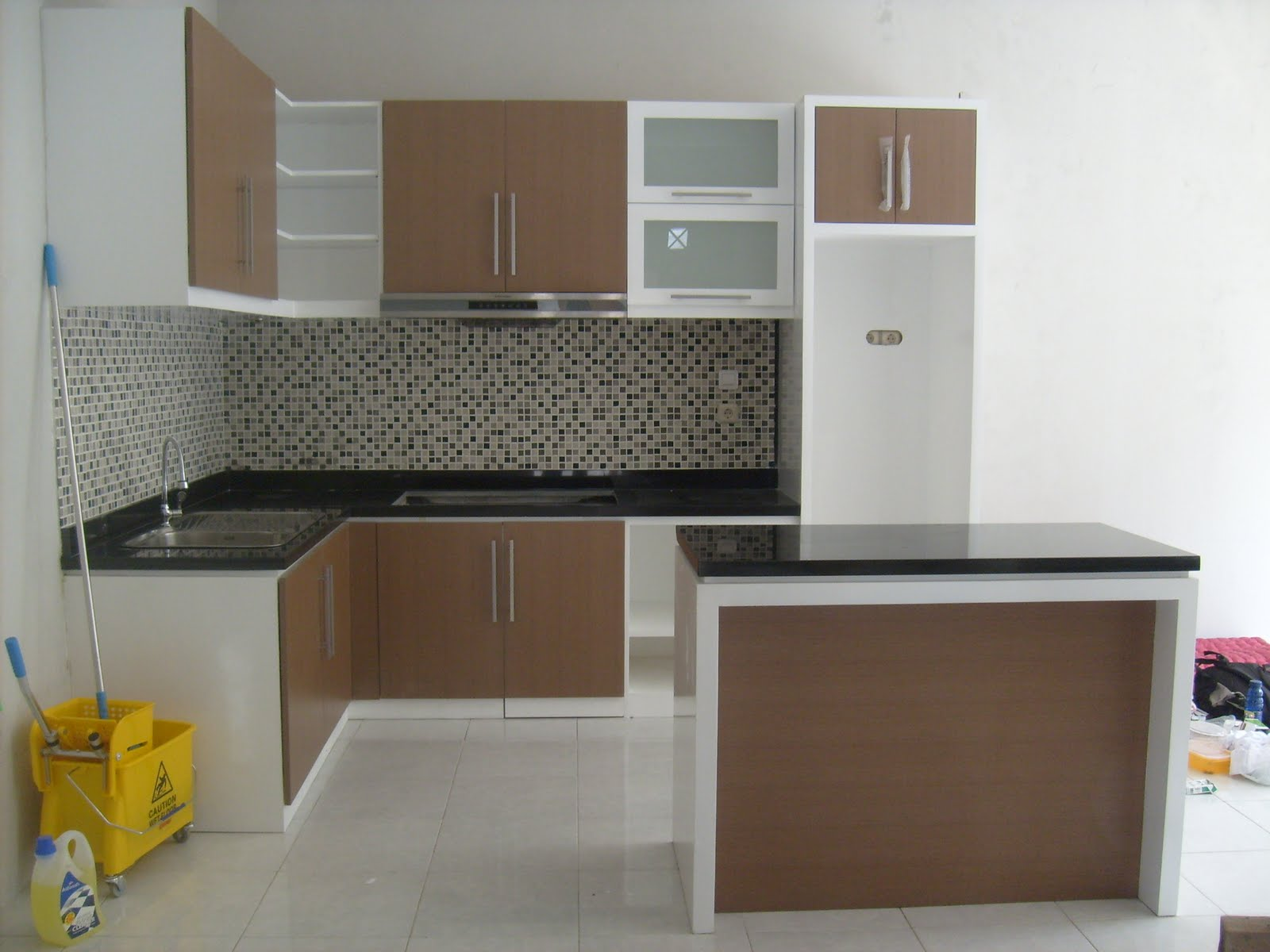 The Type Of Wood For The Kitchen Set Lunarfurniture Com